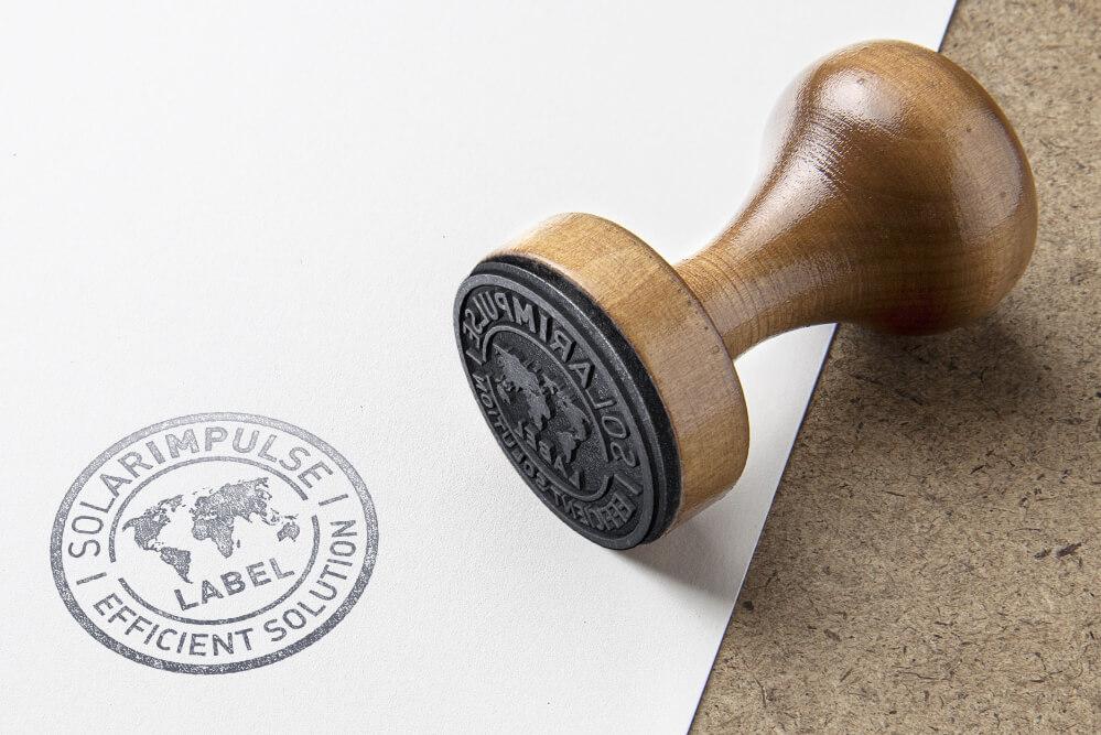 timbre-impulsion-solaire-étiquette-sur-papier